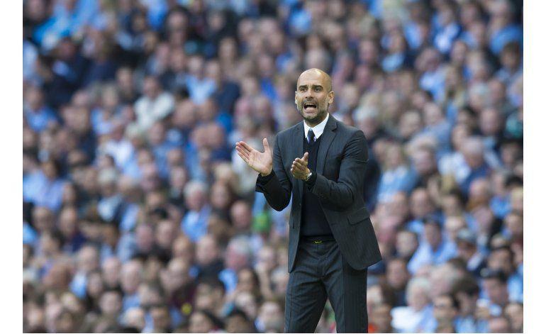 Guardiola debuta con triunfo sufrido del City en la Premier