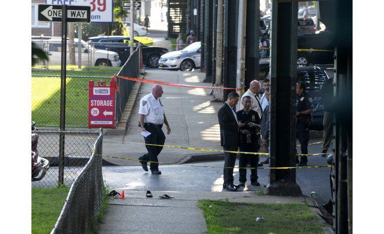 Policía busca al asesino de imán de mezquita en Nueva York