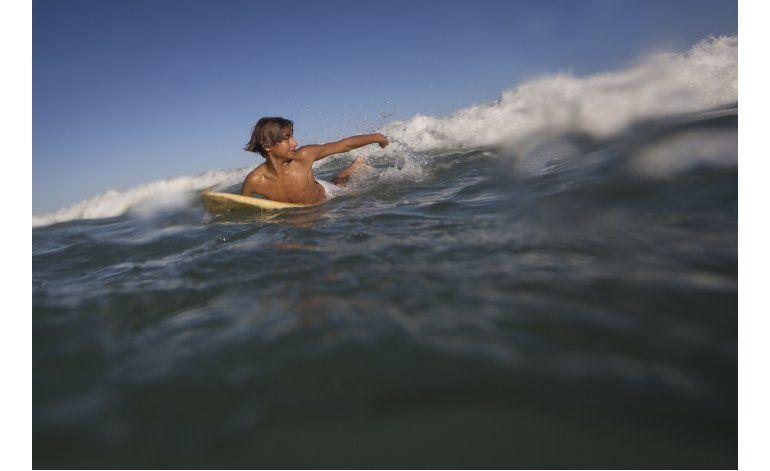 Surf y esperanza para los chicos de Rocinha