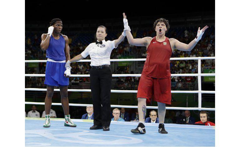 Panameña Bylon, cabo de la policía, se va eliminada en box