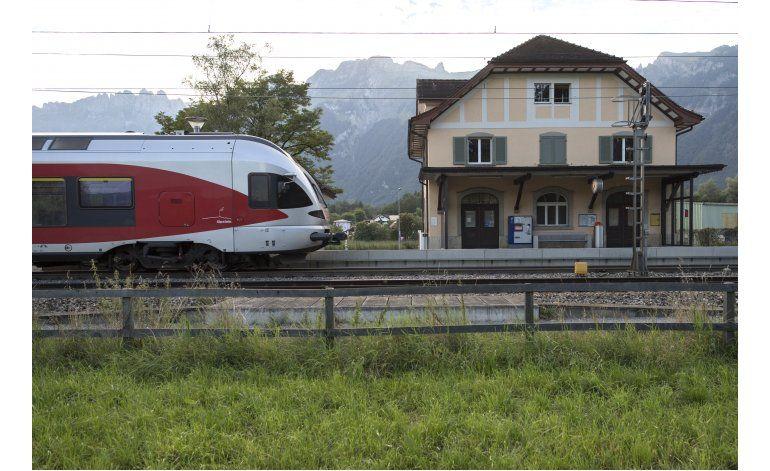 Registran casa en Liechtenstein de atacante de tren en Suiza