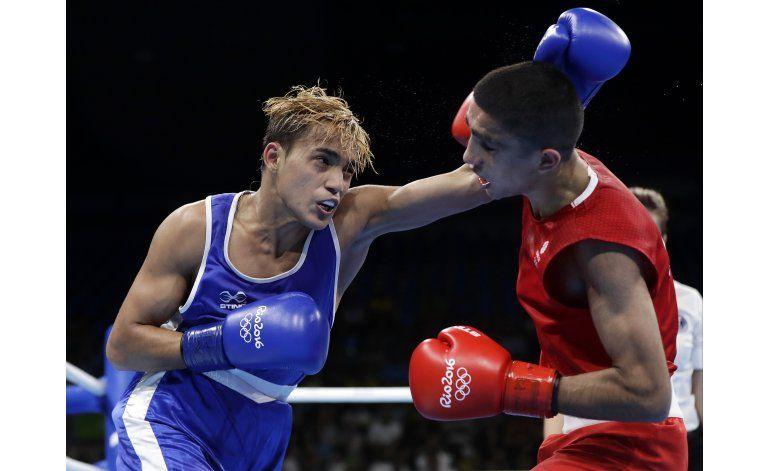 Venezolano Caciquito Finol vence al Muhammad Ali británico