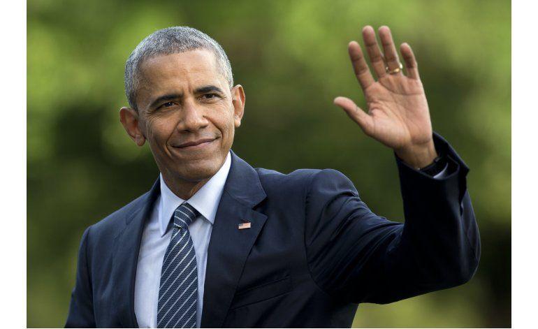 Obama interrumpe vacaciones para hacer campaña por Clinton