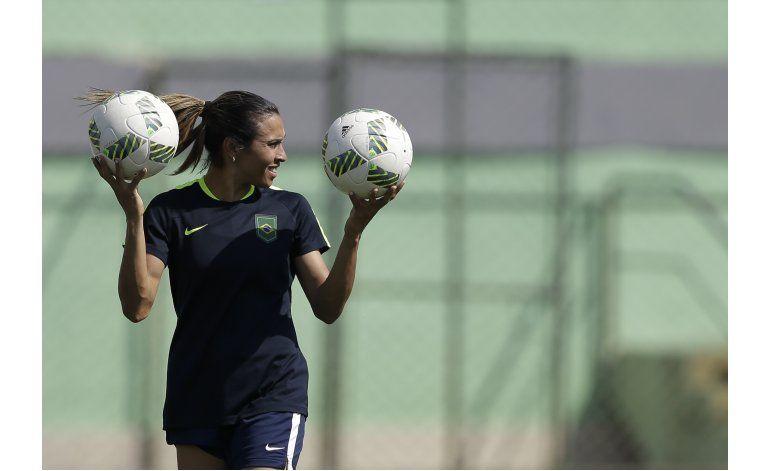 Brasil, a un paso de la final del fútbol de mujeres en Rio