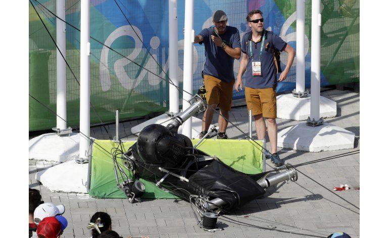 Cae cámara de Parque Olímpico y hiere al menos a 7 personas