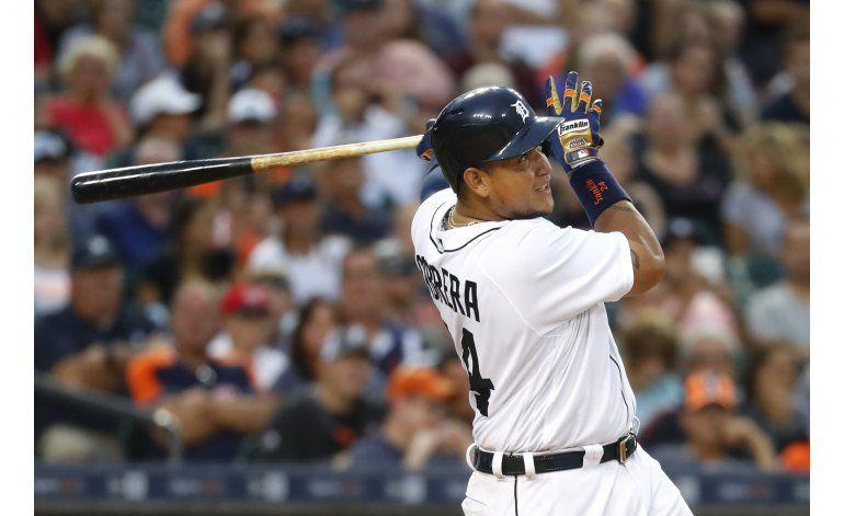 Tigres: Miguel Cabrera sale de juego por lesión en bíceps