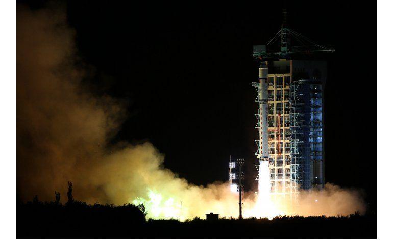 China lanza el primer satélite cuántico del mundo