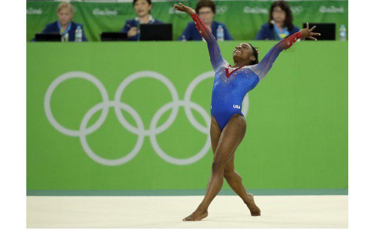 Gimnasta Simone Biles gana su cuarto oro en Río