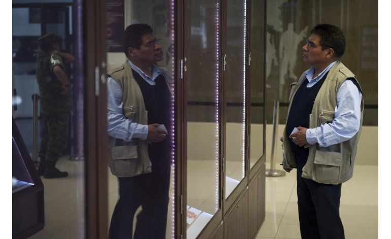 México: en la única tienda de armas se desanima a comprarlas