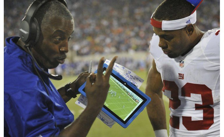 Equipos de NFL usarán tabletas mejoradas esta temporada