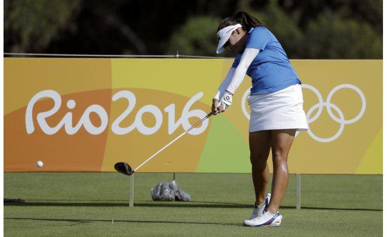 Tailandesa lidera el golf; 3 latinoamericanas están cerca