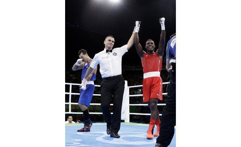 Sombra La Cruz da primer oro a Cuba en boxeo en Río