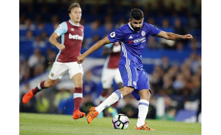 Leicester y Arsenal chocan tras mal arranque en la Premier