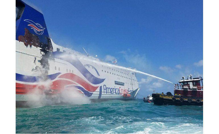 Puerto Rico: pasajeros de buque incendiado recuerdan odisea