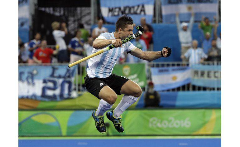 Argentina gana inédito oro en hockey sobre césped en Río