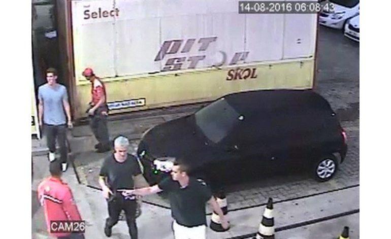 Policía brasileña: No hubo asalto a Lochte
