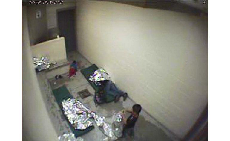 Muestran atestadas celdas de Patrulla Fronteriza en Arizona
