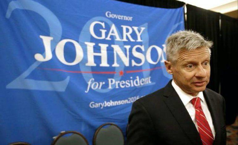 Restaurante Versailles en Miami ordena a candidato presidencial salir del local