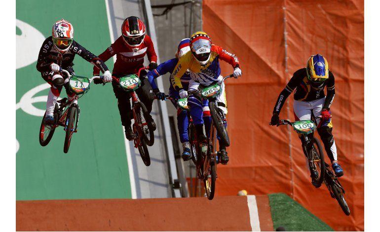 Colombiana Pajón avanza con la mejor posición a final de BMX