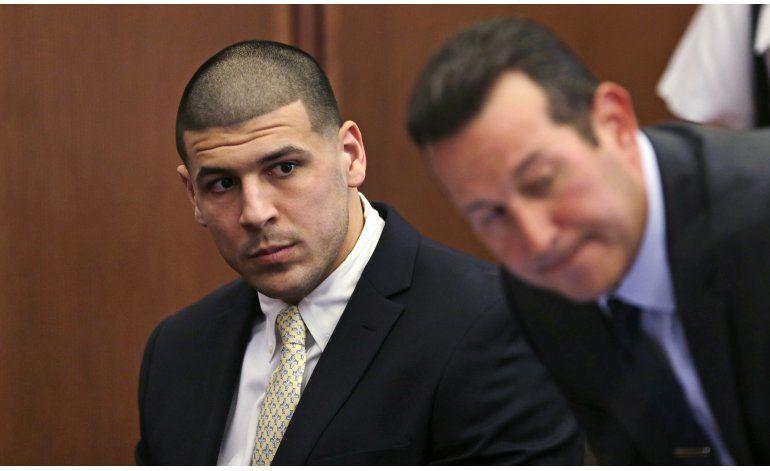 Fiscales pueden investigar el teléfono de Aaron Hernandez