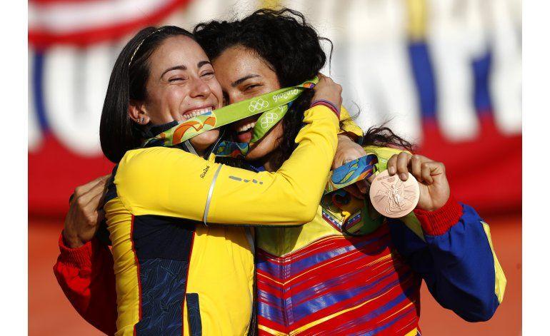 Venezolana Hernández le da a su país bronce inédito en BMX