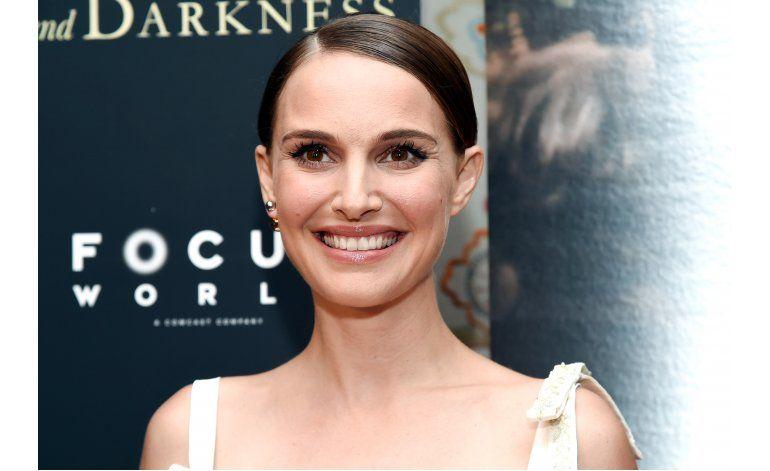 Natalie Portman narra Una historia de amor y oscuridad
