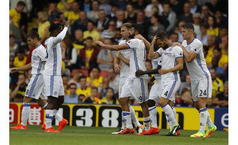 City golea, Chelsea gana sobre el final y Liverpool pierde