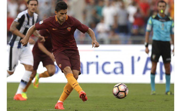Perotti convierte dos penales y Roma golea 4-0 al Udinese