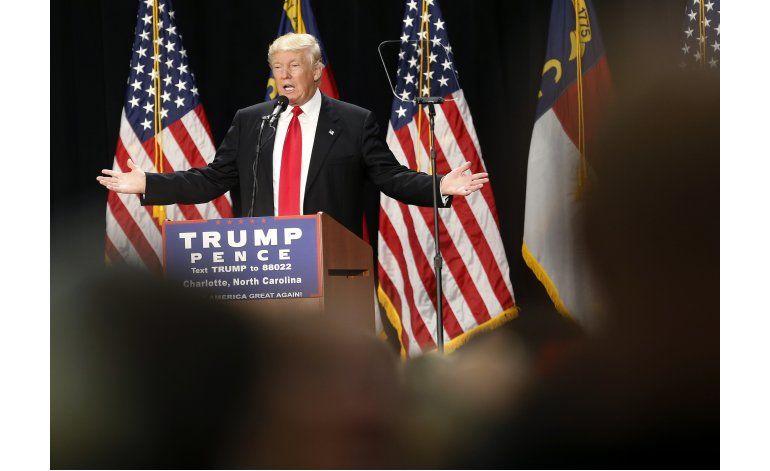 Trump se reúne con asesores hispanos
