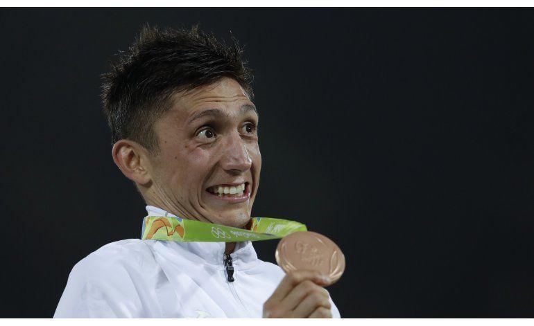 Mexicano Hernández logra bronce en pentatlón moderno en Río