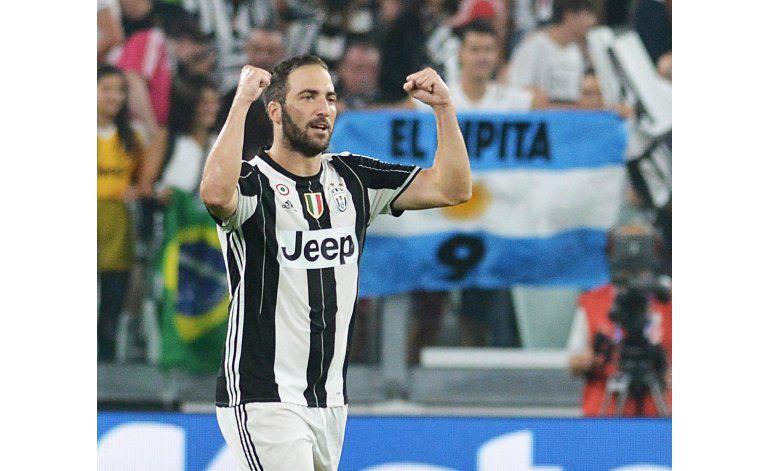 Debut goleador Higuaín en victoria de Juventus