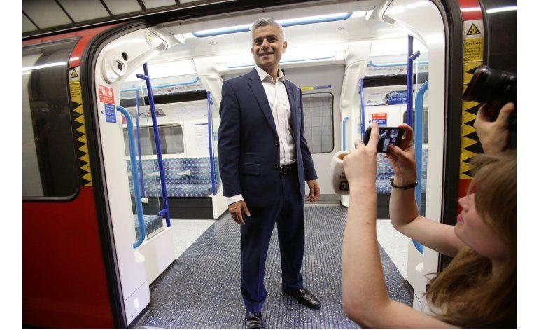 Alcalde de Londres llama a reemplazar a líder laborista