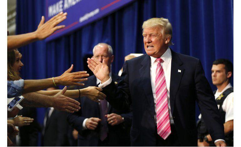Trump pide a republicanos acercarse a los votantes negros