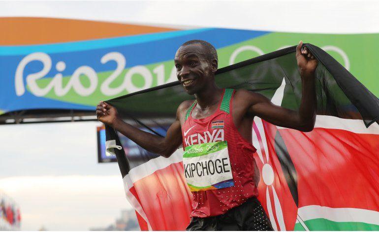 Kipchoge gana el maratón olímpico