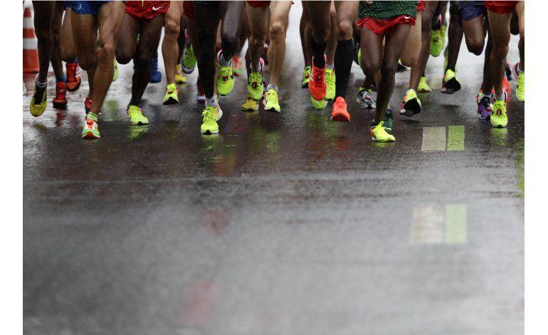 Ecuatoriano Piedra lidera a latinoamericanos en maratón