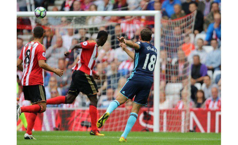 Middlesbrough gana 2-1 en Sunderland con doblete de Stuani