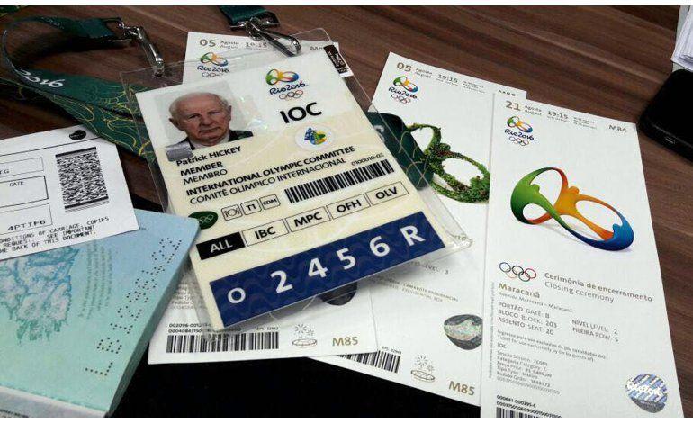 Retienen pasaportes de funcionarios de delegación irlandesa