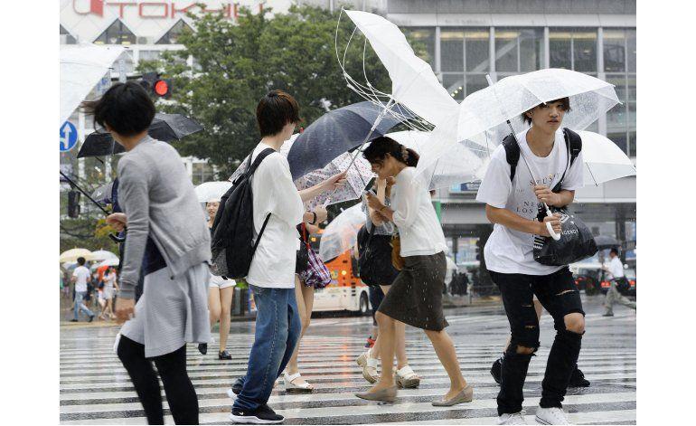 Tifón Mindulle cierra torre de control en aeropuerto Tokio