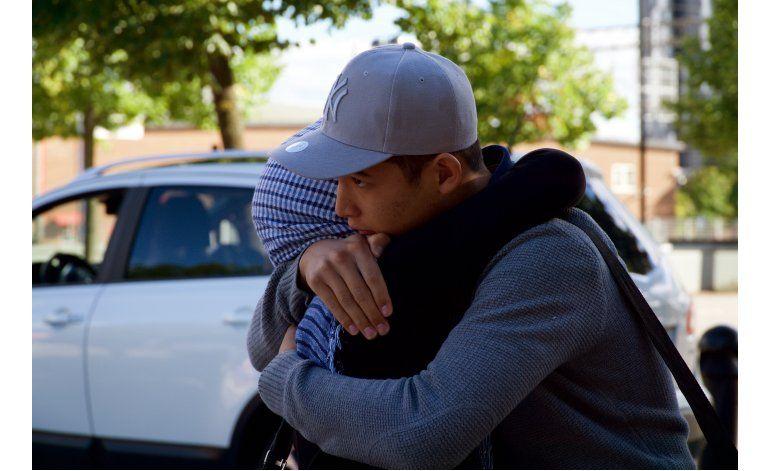 Separada entre el caos, familia migrante se reúne en Suecia