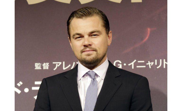 DiCaprio, novia ilesos tras accidente en los Hamptons