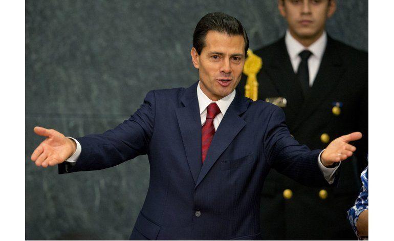 Acusan a presidente mexicano de plagiar parte de su tesis