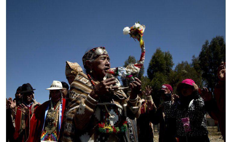 Ritos de fuego y ofrendas para agradecer a la Pachamama