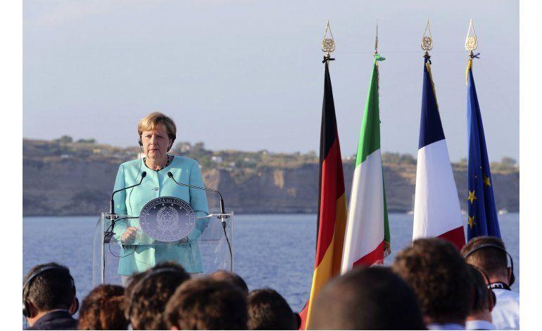 Merkel pide lealtad a residentes de origen turco en Alemania