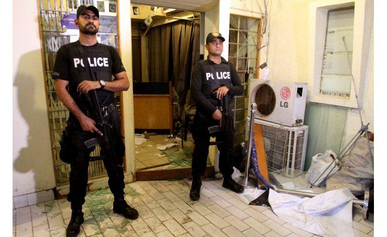 Pakistán clausura oficinas de partido acusado de violencia
