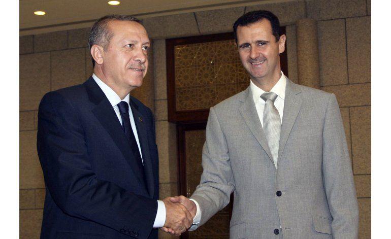 Turquía lanza ataques contra el Estado Islámico en Siria
