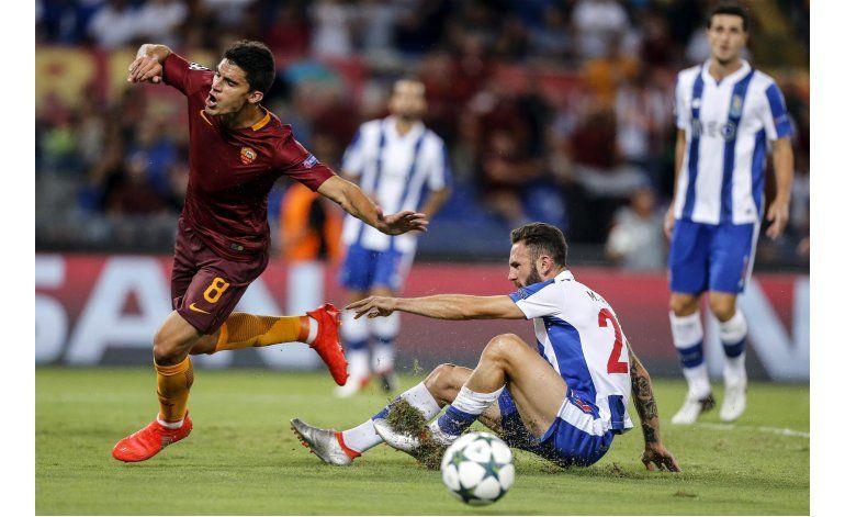 Goles mexicanos adelantan al Porto en la Champions