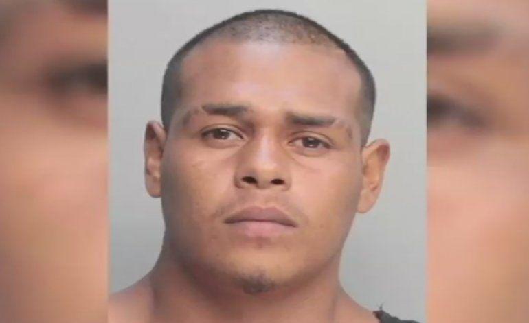 Arrestan a hombre acusado de  violar a varias mujeres
