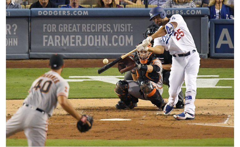 Dodgers vapulean a Bumgarner, ganan a Gigantes 9-5
