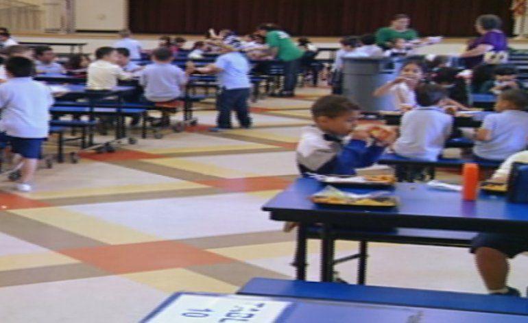 Distrito escolar realiza cambios en los menús