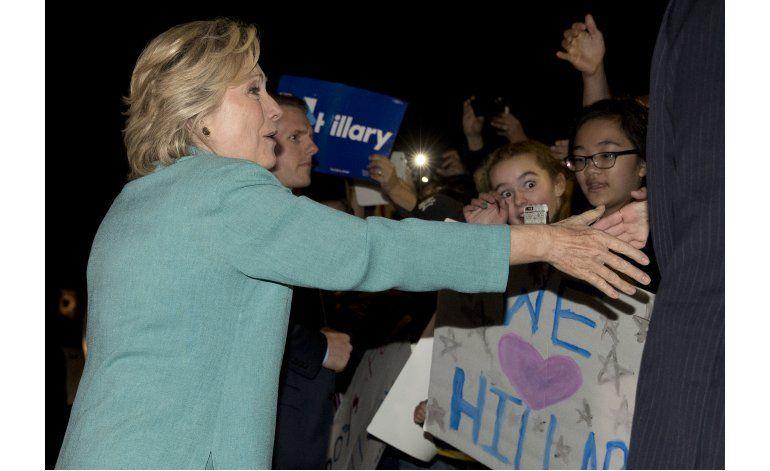 LO ÚLTIMO: Clinton critica reporte de la AP sobre donantes